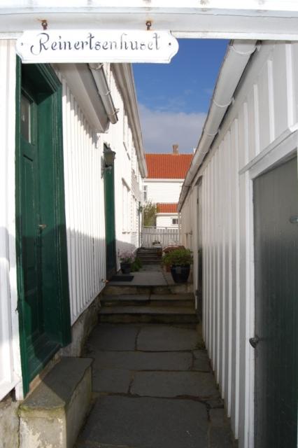 Reinertsenhuset-inngang